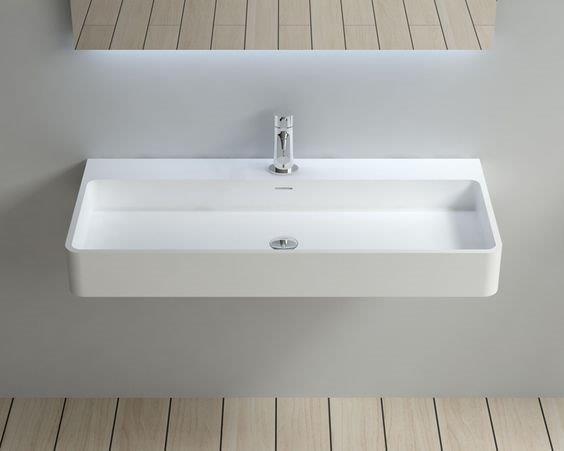 Efektowna umywalka wisząca – jaki model wybrać?